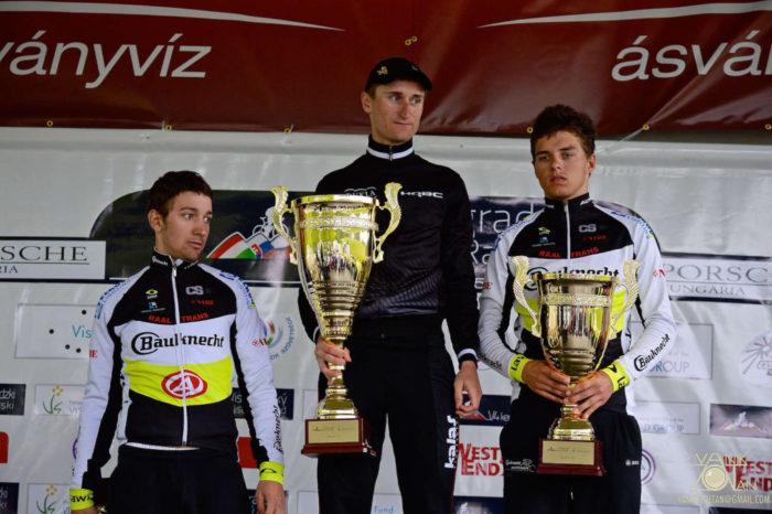 A 2. V4 Kerékpárverseny összetett végeredménye: 1. Patrik Tybor (SVK) (k), 2. Josef Hosek (CZE) (j), 3. Martin Hunal (CZE) (b) (Fotó: Vanik Zoltán)