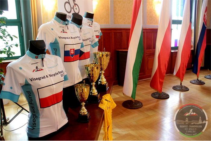 V4 Kerékpárverseny sajtótájékoztató 2017 (Fotó: Drienyovszki Tamás)