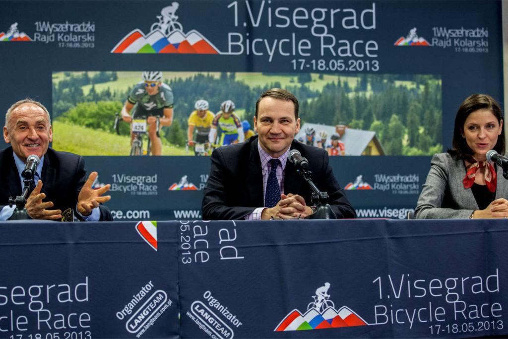 Radosław Sikorski, lengyel külügyminiszter a varsói sajtótájékoztatón (Fotó: Lengyel Köztársaság Külügyminisztérium)