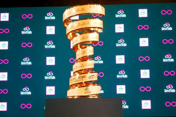 A Giro d'Italia trófea